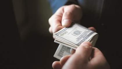 Журналісти дізналися, хто з чиновників позичив найбільше грошей (інфографіка)