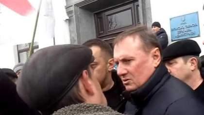 """Наміри силовиків зайнятися поплічниками Єфремова можуть свідчити про спробу зламати """"ЛНР"""""""