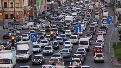 Київ зупинився у заторах через хресну ходу: з'явилась мапа із найбільш завантаженими ділянками