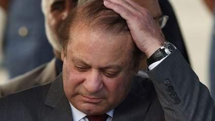 Оффшорный скандал: в Пакистане осудили премьера на 10 лет