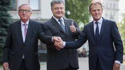 Порошенко закликав посилити санкції проти Росії через відкриття Кримського мосту