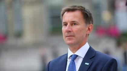 З'явилась інформація про людину, яка замінила Джонсона на посаді очільника МЗС Британії
