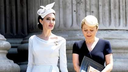 Представники Анджеліни Джолі прокоментували новину про звільнення адвоката