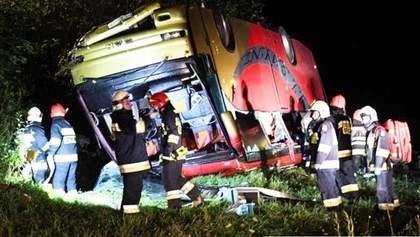 ДТП з автобусом у Польщі: поліція підтвердила, що загинули українці