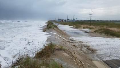 """В США бушует ураган """"Флоренс"""": появились видео"""