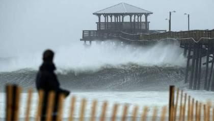 """Скільки життів вже забрав руйнівний ураган """"Флоренс"""" у США"""