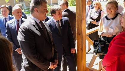 """Чому Порошенко і Труханов відкрили табір """"Вікторія"""" в Одесі попри те, що інспекція це заборонила"""
