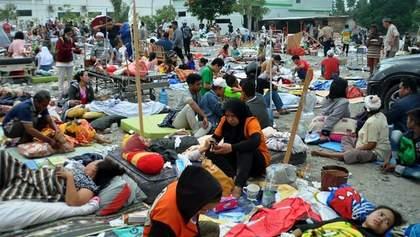 Землетрус і цунамі в Індонезії забрали життя майже 400 осіб: фото та відео 18+