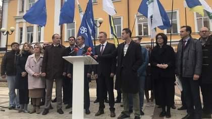 Чи відбудеться до виборів об'єднання демократичних сил: думка політолога
