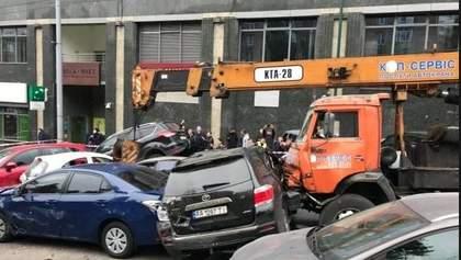 Кран принадлежит компании, которая почти не существует, – юрист о масштабной аварии в Киеве
