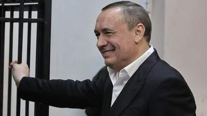 Дива, гроші та Мартиненко: як політик вирішив обірвати ланцюг, який приведе до нього слідство