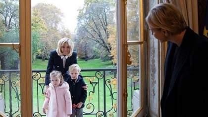 Королівська сім'я Монако гостює у Бріджит Макрон: зворушливі фото