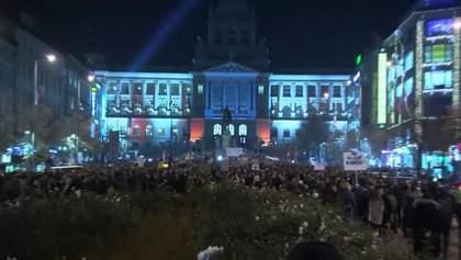 """""""Мафию на виселицу"""": многотысячные протесты в Чехии"""