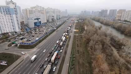 Киев пережил неделю в километровых пробках: фото