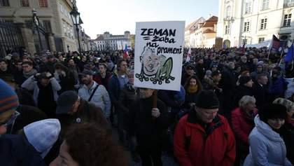 Многотысячные протесты против президента и премьера Чехии: впечатляющий фоторепортаж