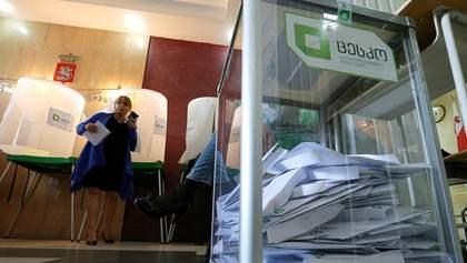 """На выборах в Грузии побеждает """"независимая"""" кандидат, ее поддерживает миллиардер правящей партии"""