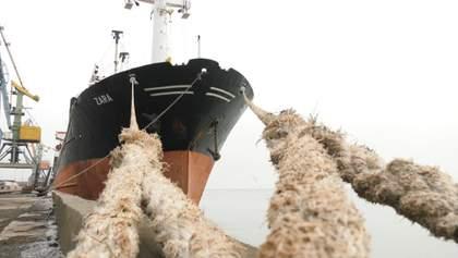 Росія затримує українські кораблі в Азовському морі: деталі та наслідки блокади
