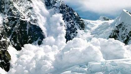 На Україну насуваються лавини: рятувальники радять бути обережними любителям гір