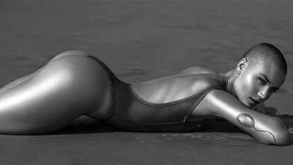 Модель без волос снялась для нового выпуска Playboy: фото 18+