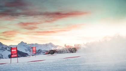 Пілот Формули-1 проїхав на боліді по засніжених горах: карколомне відео