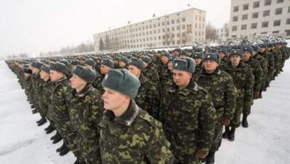 Во время военного положения не были введены важные меры, – эксперт