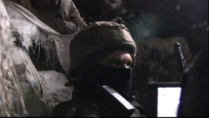 """Перемир'я під свист куль снайперів: бійці ЗСУ розповіли, як ворог """"тримає їх у тонусі"""""""