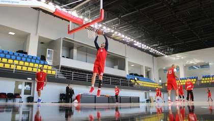 Украинский баскетбольный клуб получил обновленную площадку: фото
