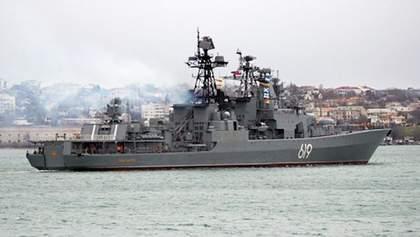 Бойовий корабель РФ прибув до окупованого Севастополя: у Росії пояснили мету