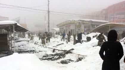 В окупованій Макіївці обвалився дах торгового ряду, є постраждалі: фото та відео