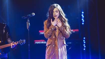 """Любов під Крутами: Христина Соловій презентувала зворушливий кліп на пісню """"Стежечка"""""""