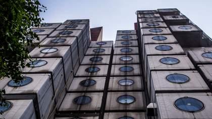 Архитектор из Одессы украинизировал известную башню в Токио: фото изнутри