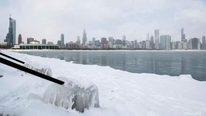 Европа и США страдают от сильных снегопадов: фото, видео