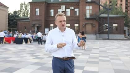 Садовый рассказал, как Порошенко предлагал снять мусорную блокаду со Львова