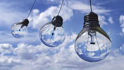 Старі схеми часів Януковича: українці сплачують зелені енерготарифи Ахметову