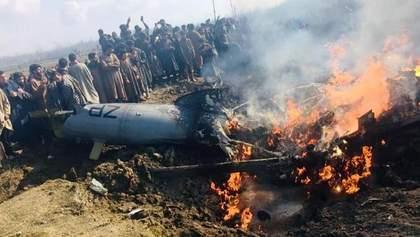 Авиаудар Индии по Пакистану: страны закрыли воздушное пространство