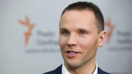 Дерев'янко пропонує запровадити голосування на виборах через інтернет або пошту