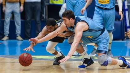 Федерация баскетбола Украины строго наказала клубы за дисциплинарные нарушения
