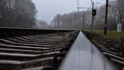Количество ж/д аварий в Украине растет: в Тернопольской области сошел с рельсов вагон поезда
