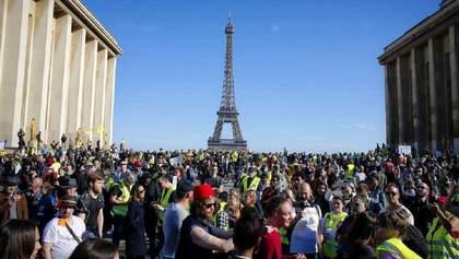 """У Франції пройшла 20-а хвиля маршів """"жовтих жилетів"""": протистояння спадає"""