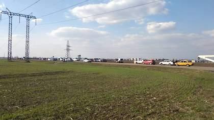 На Донбасі закрили пропускний пункт через ворожий обстріл: є поранений