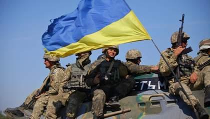 Армія не збирається ставати на коліна перед агресорами і ворогами України, – Муженко