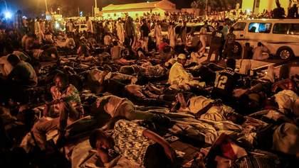 У людей стріляли під час сидячого протесту після перевороту у Судані: є загиблі та поранені