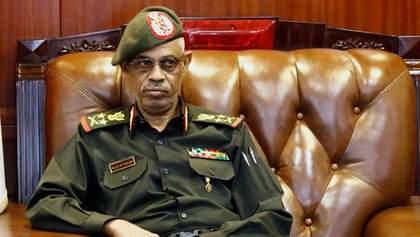 В Судане второй раз за три дня сменилась власть