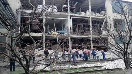 На заводе в Лисичанске прогремел взрыв, погибла женщина: фото
