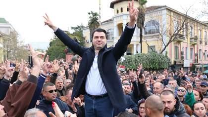 Протестувальники штурмом спробували взяти парламент в Албанії