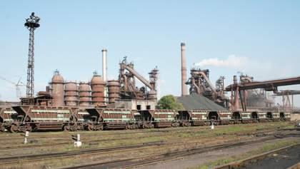 Вперше з часів Другої світової: Дніпровський металургійний завод зупинився через злочинні схеми