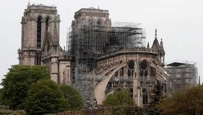 Перед обгоревшим собором Парижской Богоматери построят деревянный храм: для чего