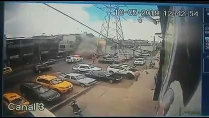У столиці Колумбії прогримів потужний вибух: десятки людей постраждали, є загиблі (відео, фото)