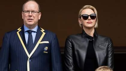 Княгиня Монако засвітила стильний образ: що одягнула 41-річна Шарлін на турнір з регбі