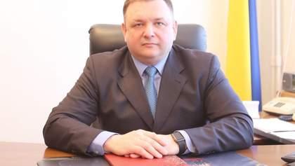 У Зеленского прокомментировали увольнение главы КС